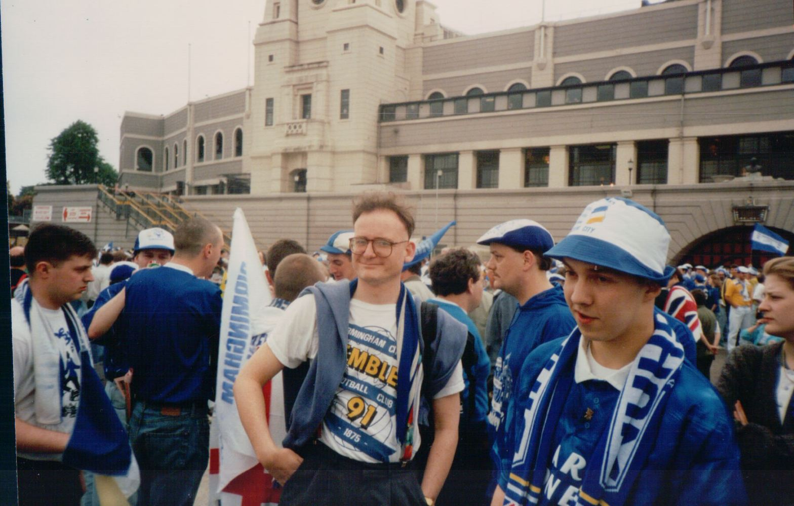 Adrian Robson at Wembley in 1991